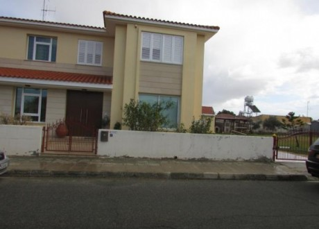 Detached House For Sale in Kokkinotrimithia, Nicosia - H-63441