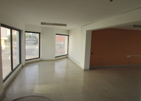 Shop For Sale in Agios Andreas, Nicosia - S-66707