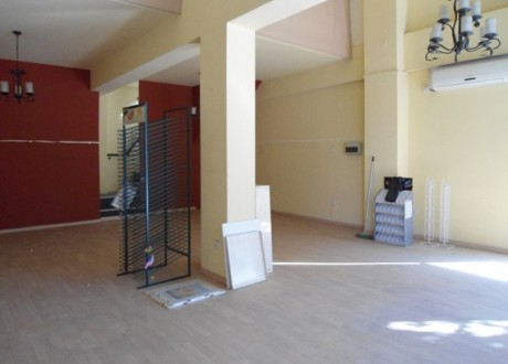 Shop For Rent in Akropolis, Nicosia - SR-72290
