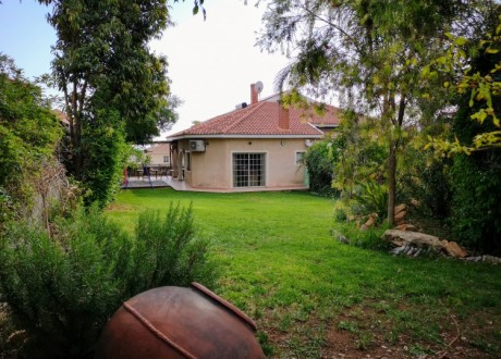 Detached House For Rent in Limassol, Limassol - HR-95055