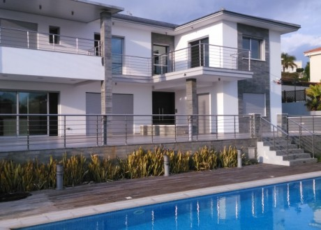 Detached House For Rent in Agios Tychonas, Limassol - HR-97570