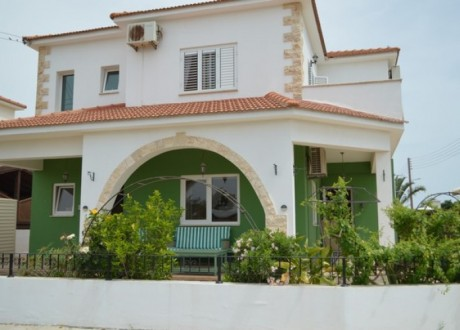 Detached House For Sale in Frenaros, Famagusta - H-99782