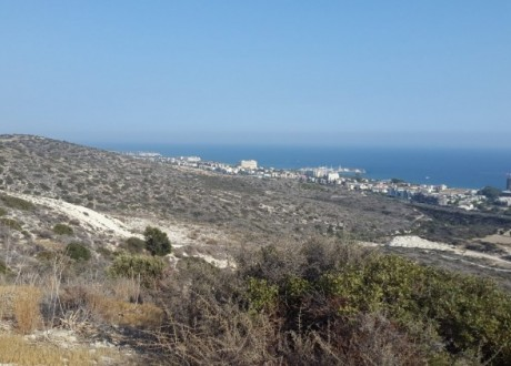 Residential Land  For Sale in Agios Tychon, Limassol - L-99860