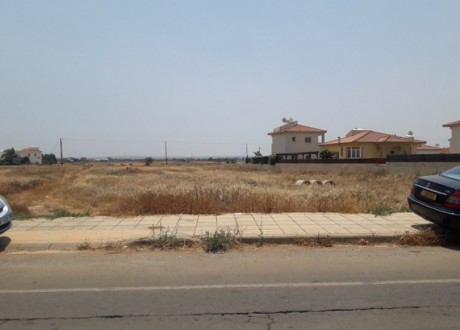 Residential Land  For Sale in Liopetri, Famagusta - L-100167