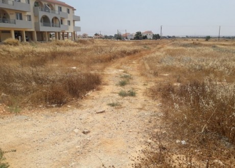 Residential Land  For Sale in Liopetri, Famagusta - L-100169