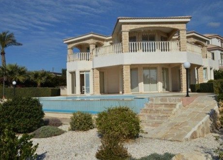 Detached House For Sale in Peyia, Paphos - H-100293