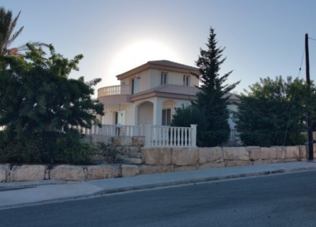 Detached House For Sale in Peyia, Paphos - H-100676