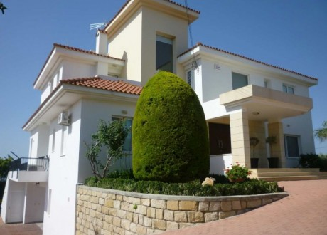 Detached House For Sale in Erimi, Limassol - H-100940