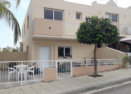 Semi Detached House For Sale in Derynia, Famagusta - H-101720