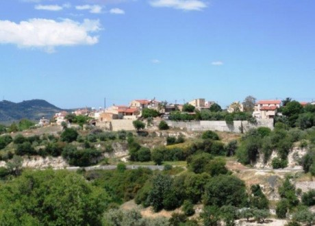 Residential Land  For Sale in Agios Therapon, Limassol - L-101870