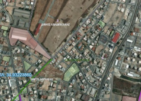 Residential Land  For Sale in Larnaca Port Area, Larnaca - L-102128