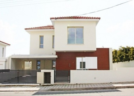 Detached House For Sale in Latsia, Nicosia - H-102482