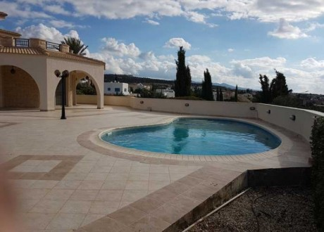 Detached House For Sale in Peyia, Paphos - H-103187