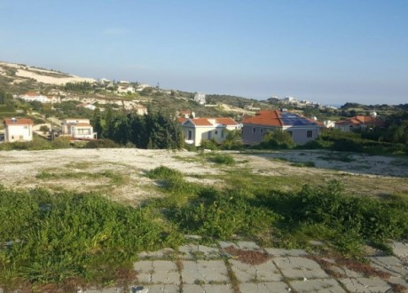 Residential Land  For Sale in Agios Tychon, Limassol - L-103234