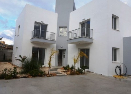 Apartment For Sale in Geroskipou, Paphos - A-103423