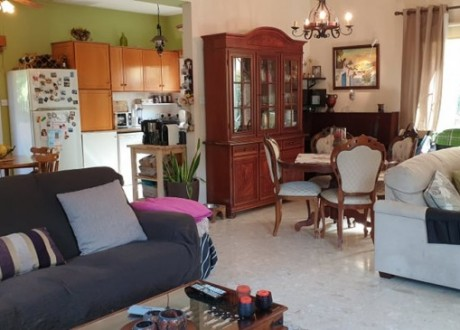 Detached House For Sale in Palodeia, Limassol - H-103956