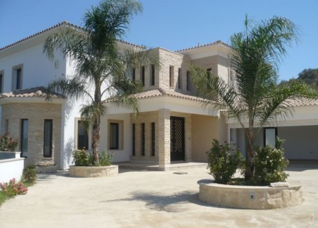 Detached House For Sale in Pera Orinis, Nicosia - H-104123