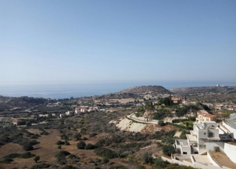 Residential Land  For Sale in Agios Tychon, Limassol - L-104648