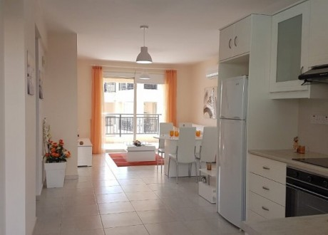Apartment For Sale in Kato Pafos, Paphos - A-104986