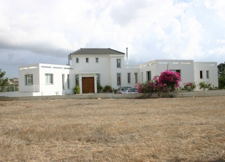 Detached House For Sale in Konia, Paphos - H-105052