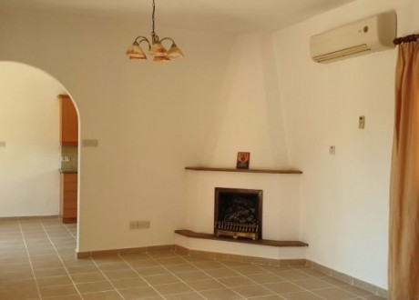 Bungalow For Sale in Konia, Paphos - H-105251