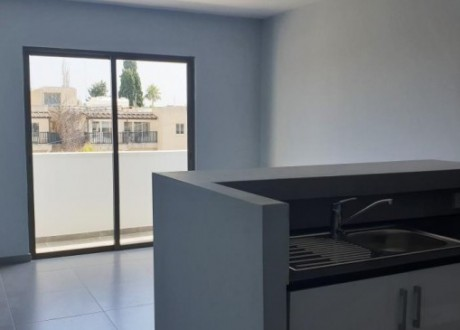 Apartment For Rent in Kato Pafos, Paphos - AR-105362