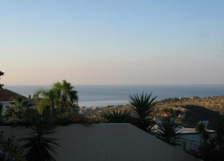 Detached House For Sale in Agios Tychon, Limassol - H-64304
