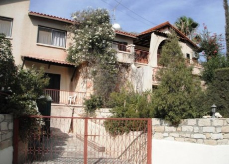 Detached House For Sale in Agios Tychon, Limassol - H-62687