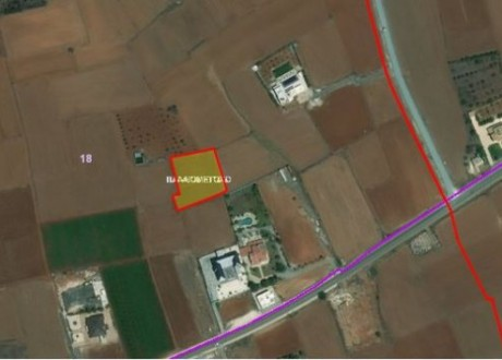 Residential Land  For Sale in Palaiometocho, Nicosia - L-96929