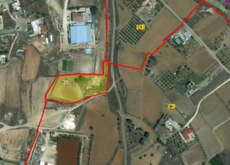 Agricultural Land For Sale in Palaiometocho, Nicosia - L-97337