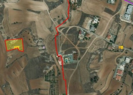 Residential Land  For Sale in Palaiometocho, Nicosia - P-97339