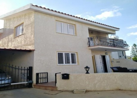 Semi Detached House For Sale in Paralimni, Famagusta - H-72924