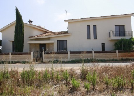 Detached House For Sale in Liopetri, Famagusta - H-105189