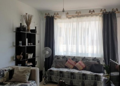 Apartment For Sale in Kato Pafos, Paphos - A-105459