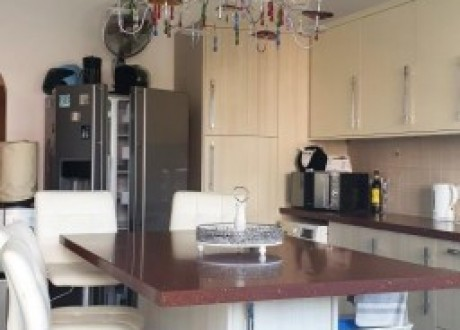 Apartment For Sale in Kato Pafos, Paphos - A-105658