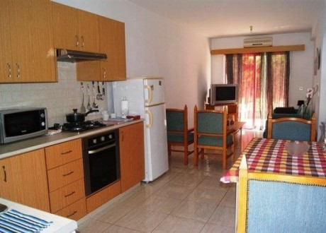Apartment For Rent in Chlorakas, Paphos - AR-105858