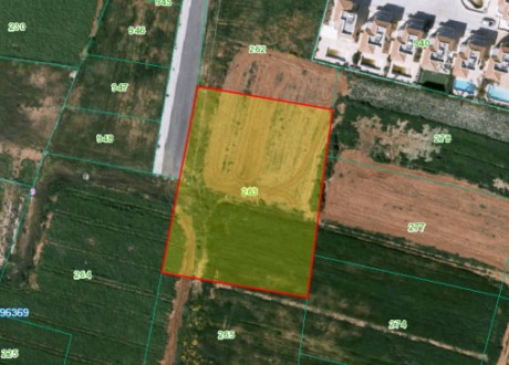 Residential Land  For Rent in Paralimni, Famagusta - L-106537