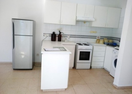 Apartment For Rent in Kato Pafos, Paphos - AR-106852
