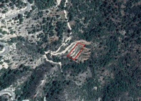 Residential Land  For Sale in Arminou, Paphos - L-108031