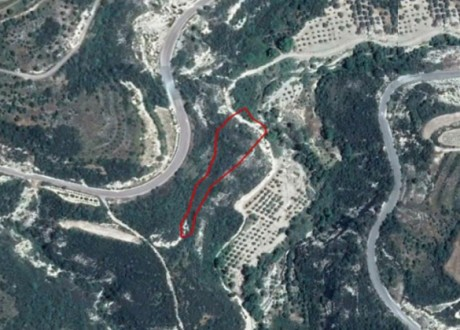 Residential Land  For Sale in Arminou, Paphos - L-108032