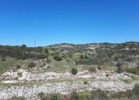 Residential Land  For Sale in Polemi, Paphos - L-108088