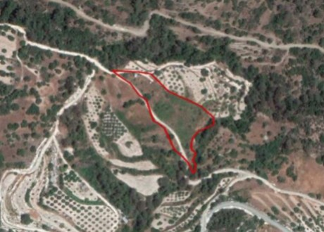Residential Land  For Sale in Apsiou, Limassol - L-108301