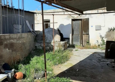 Detached House For Sale in Anarita, Paphos - H-109046